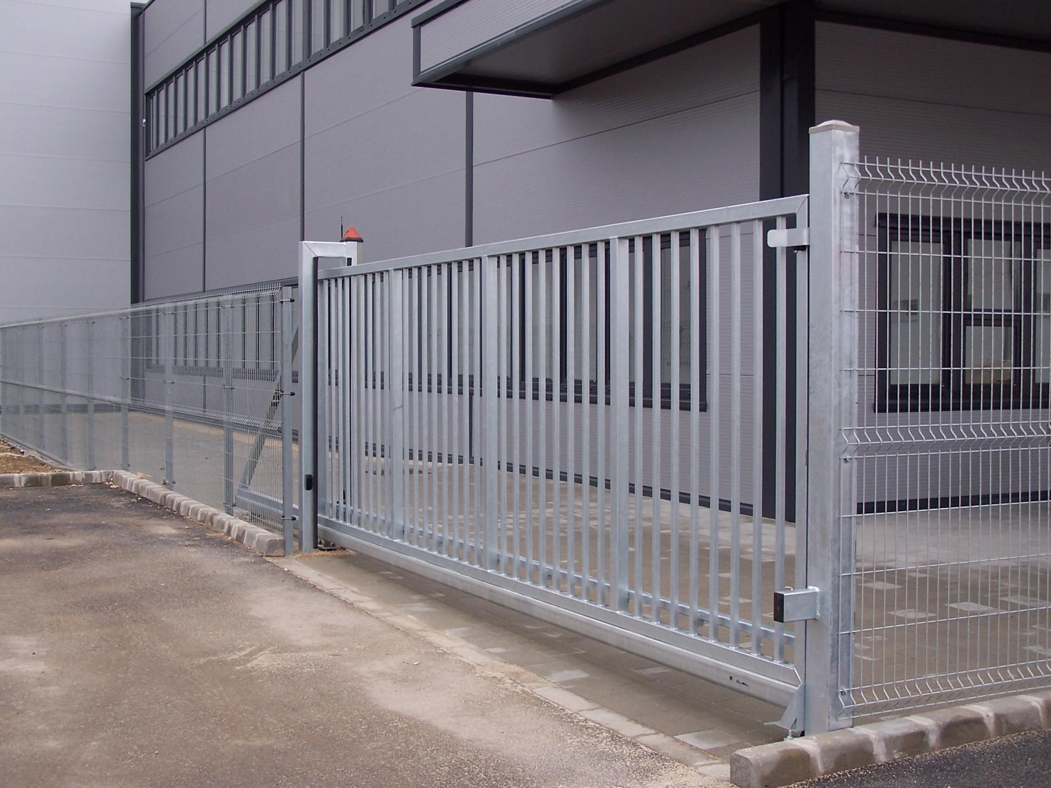 b08ad62fa9 Az árak nem tartalmazzák a kerítésrendszer részét képező, a nyílásméretet  meghatározó oszlopokat, a fogadóoszlopot.